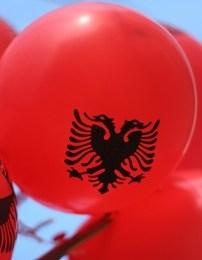 Ku mbetëm Shqipëri? - Evandro Malshi (Poezi)
