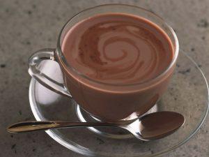 Menyra e pergatitjes se cokollates se ngrohte ne kushte shtepiake.