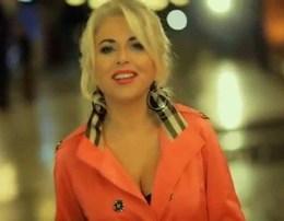Si une s'te detyroj t'me duash njesoj Jeta ime, bota ime Artiola Toska - Ne (Teksti) Tekste shqip