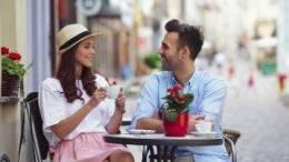 3 Pyetjet qe asnjehere nuk duhet te ja beni partnerit tuaj qe ne fillim te lidhjes.