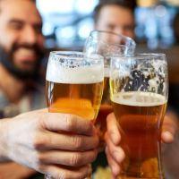 Disa arsye pozitive perse duhet te pini birre me shpesh.