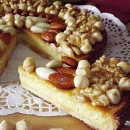 Torte me fruta te thata dhe arre kokosi. Receta embelsirash