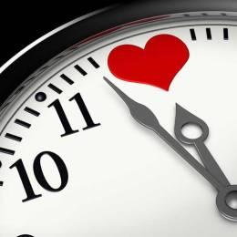 Interpretimi i ores ne gjuhen e dashurise. Duhet ta lexoni!