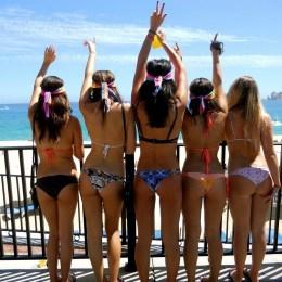 8 tipe te ndryshme njerezish te cilet do ti shihni gjithmone ne plazh