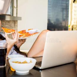 A ndiheni shume te shendoshe? Nuk e ka fajin vec ushqimi, por stresi.