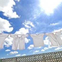 Disa keshilla per femrat shtepiake qe kane nevoje te mbajne rrobat e bardha.
