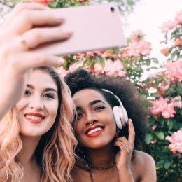 """""""Selfie"""" keshilla sesi te arrini foton perfekte. Tendence"""