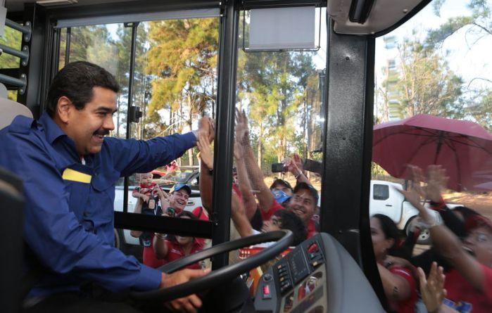 Nicolas Maduro. Si u be nga shofer autobusi, president i nje shteti.