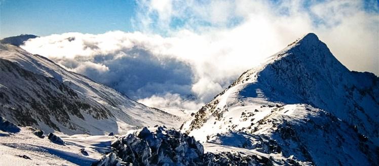 Raquette à neige paysage Ariège