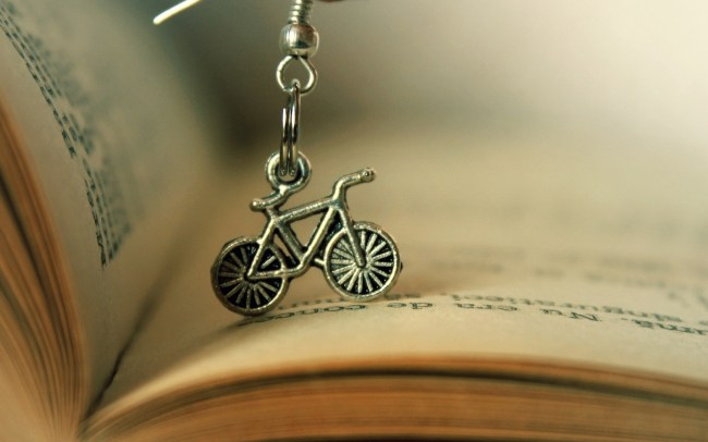 7015698-book-bicycle-mood