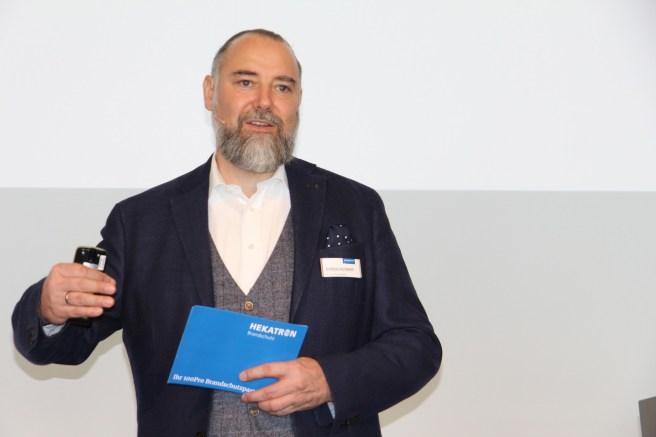Andreas Seltmann, hier Ende März auf der Hekatron Roadshow in Stuttgart, verlässt zum 30. Juni 2019 nach 13 Jahren erfolgreicher Markenentwicklung Hekatron Brandschutz, und macht sich als Berater selbständig.