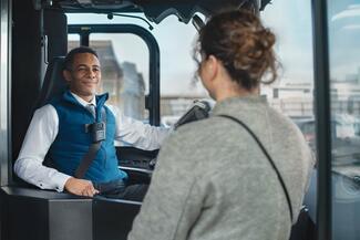 Auch der öffentliche Personennahverkehr (ÖPNV) will sich Bodycams in Zukunft verstärkt zu Nutze machen.