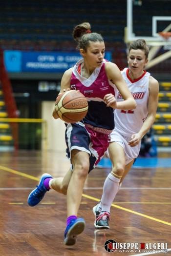 Giuliana Licciardello con Martina Lombardo, giocherà la fase finale del campionato di B femminile con il Cus Unime Messina