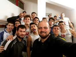 Lo Sport Club Gravina under 20 si qualifica alle finali regionali con un turno di anticipo. Lo formazione catanese ha battuto Patti Basket 74-57