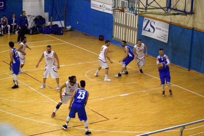 Una fase del match fra Gruppo Zenith e Alcamo