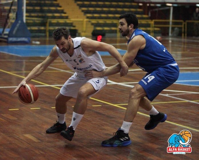 Matteo Gottini contro Matera (Foto di Romano Lazzara)