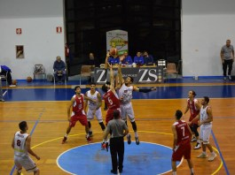 Basket School Messina - CUS Catania Palla al due