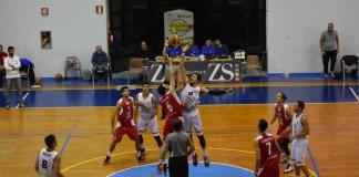 Basket School Messina - CUS Catania Palla al due