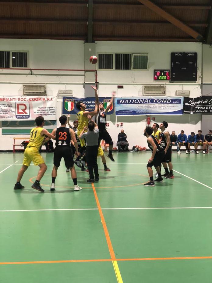 Palla a due Mascalucia - Amatori Basket Messina