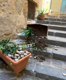 Agrigento e la movida, baldoria e vandalismo