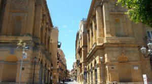 """""""Assembramenti"""", multati otto giovani in via Atenea ad Agrigento"""