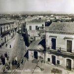 Gravina di Catania - via Etnea e Piazza della Libertà 1950