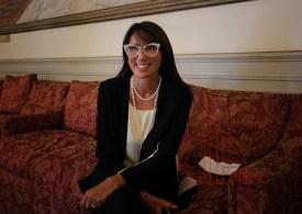 """#RingraziaUnDocente. L'assessore Barbara Mirabella: bisogna """"esserci"""" a scuola e sentire il rumore meraviglioso dell'energia degli studenti"""