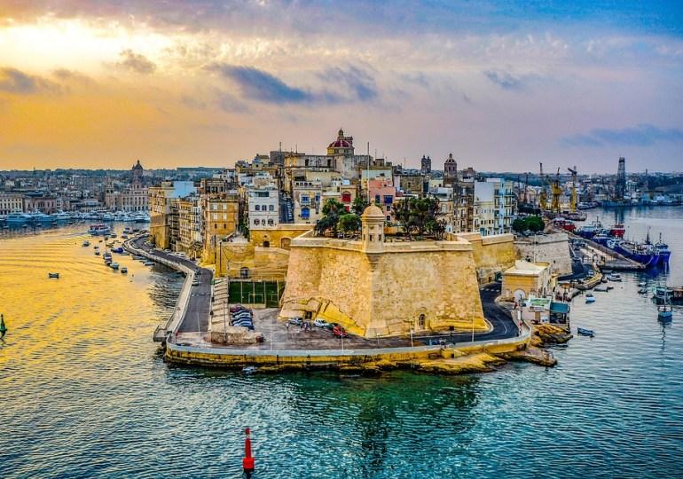 Malta tra le mani, Italia nel cuore