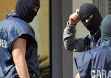 Mafia, blitz dei carabinieri contro il clan Fragalà: decine di arresti a Roma e Catania