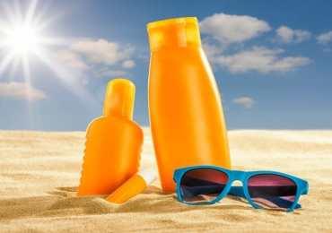 Creme solari tra due fuochi: protezione da melanoma e carenza di vitamina D. Come comportarci?