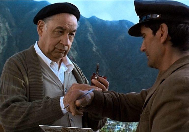 Il postino di Neruda: l'ardente pazienza delle metafore