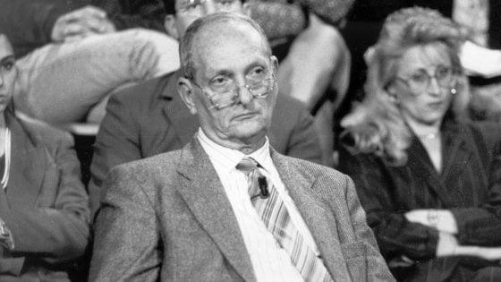 """Libero Grassi, 28 anni dopo il suo omicidio mafioso. La figlia: """"Governo assente sulla lotta alla mafia"""""""