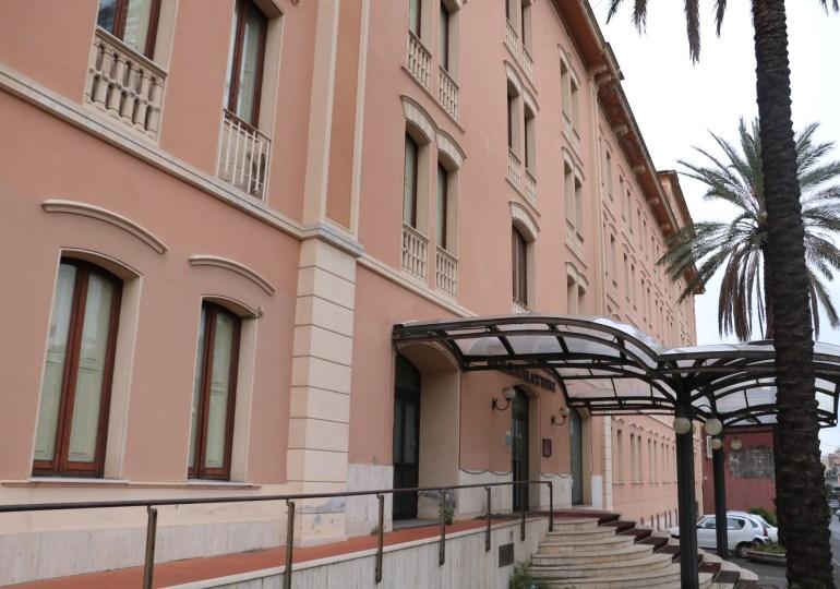 """Terme di Acireale, la politica """"si piega"""" alla burocrazia? Con meno di dieci milioni di euro adesso la Regione riacquisterà albergo e centro polifunzionale"""