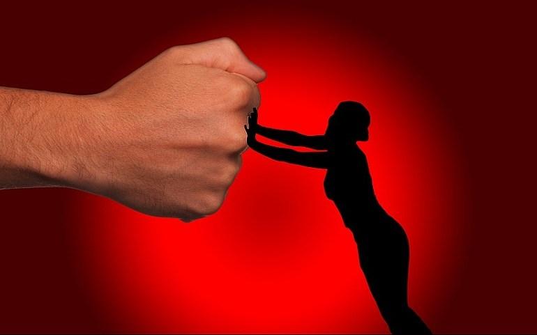 """Violenza di genere: innovazioni e criticità del """"Codice rosso"""""""