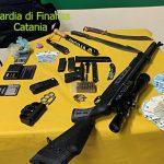 """Armi e droga al lido """"Le Capannine"""" di Catania: arrestato uno dei soci"""