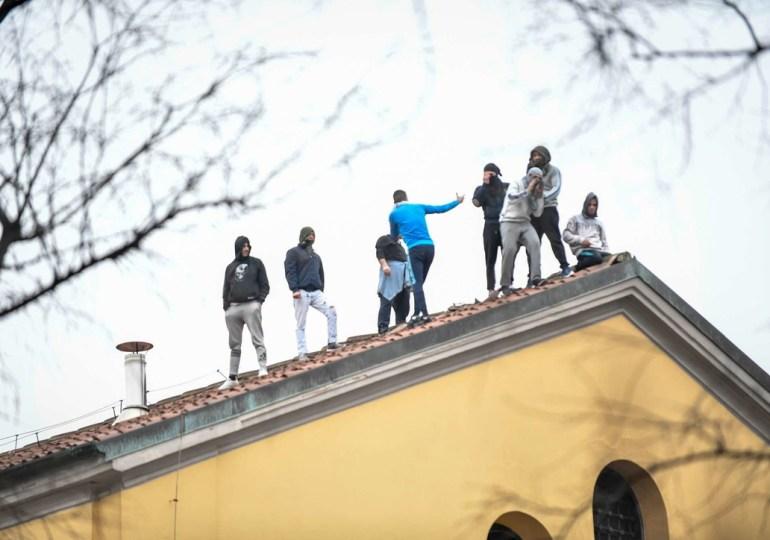 Coronavirus, carceri in rivolta. Sei morti a Modena, detenuti tentano di evadere dall'Ucciardone e devastazioni a San Vittore