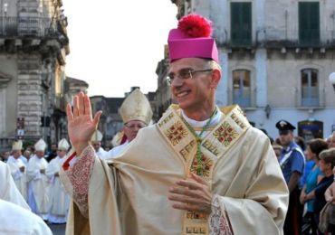 """L'appello di Mons. Raspanti vescovo di Acireale """"Organizziamo una convention per il futuro della città"""""""