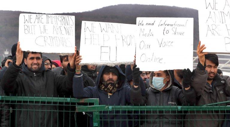 Rotta balcanica: eurodeputati PD bloccati al confine tra Croazia e Bosnia