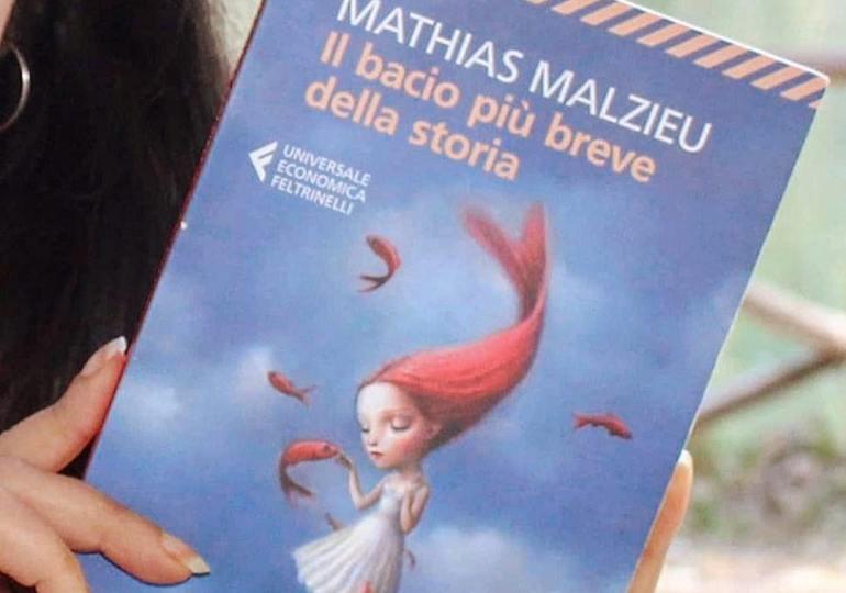 """Libri: """"Il bacio più breve della storia"""", una fiaba moderna"""