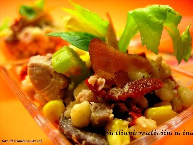 Fregola salade au thon, céleri et poutargue
