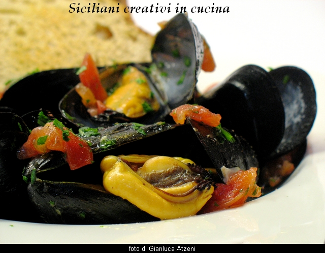 Peppered mejillones Messina