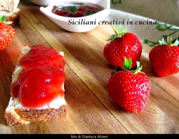 Confettura di fragole e zenzero: la ricetta facile e passo passo della confettura più amata dai bambini italiani.