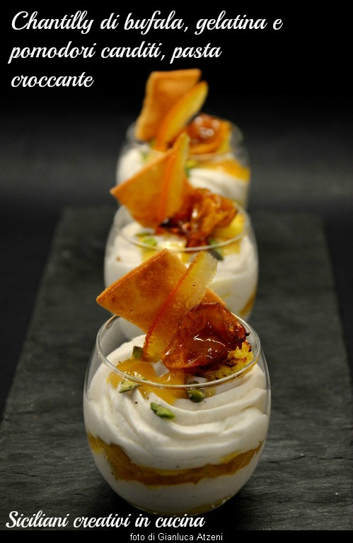 Chantilly of mozzarella, syrup and tomato confit Corbarino, pasta chips
