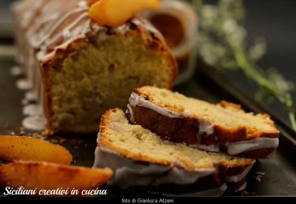 Plum cake pere e cannella, soffice e profumato