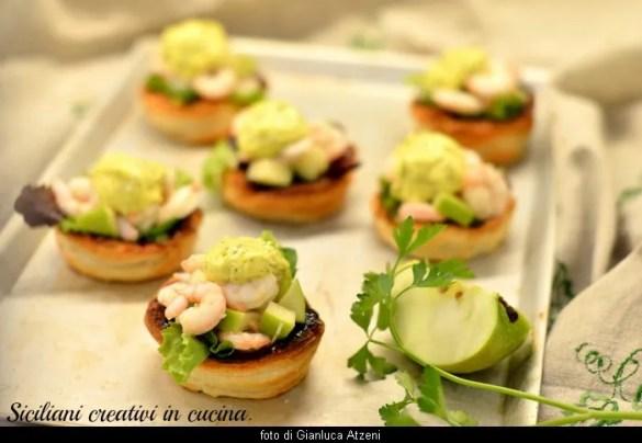Insalata di gamberi e mela verde con maionese al prezzemolo: per un aperitivo gourmet