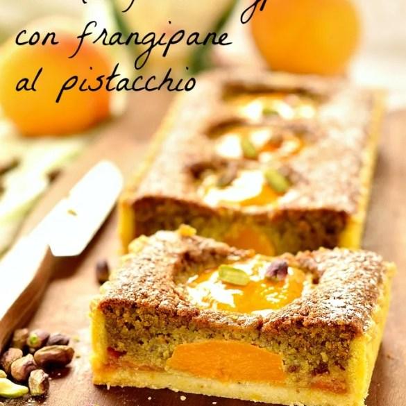Crostata con crema frangipane al pistacchio e pesche