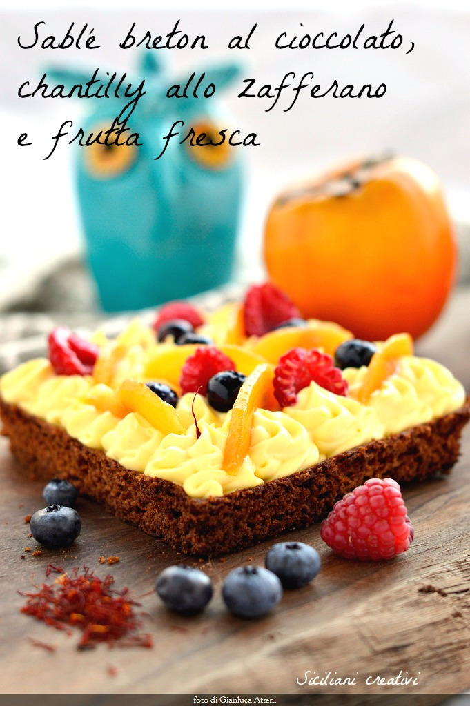 Chocolate pastry Breton, chantily with saffron and berries