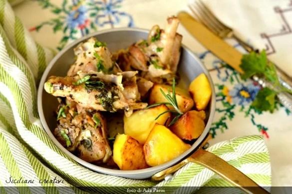 Capretto in umido con patate alla siciliana