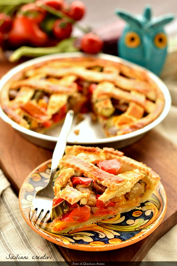 Pie with vegetable in sweet and sour