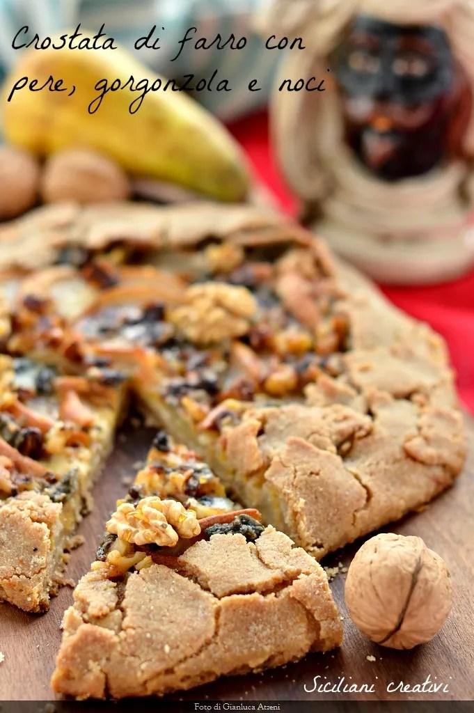 Dinkel-Tarte mit Birnen, Walnüssen und gorgonzola